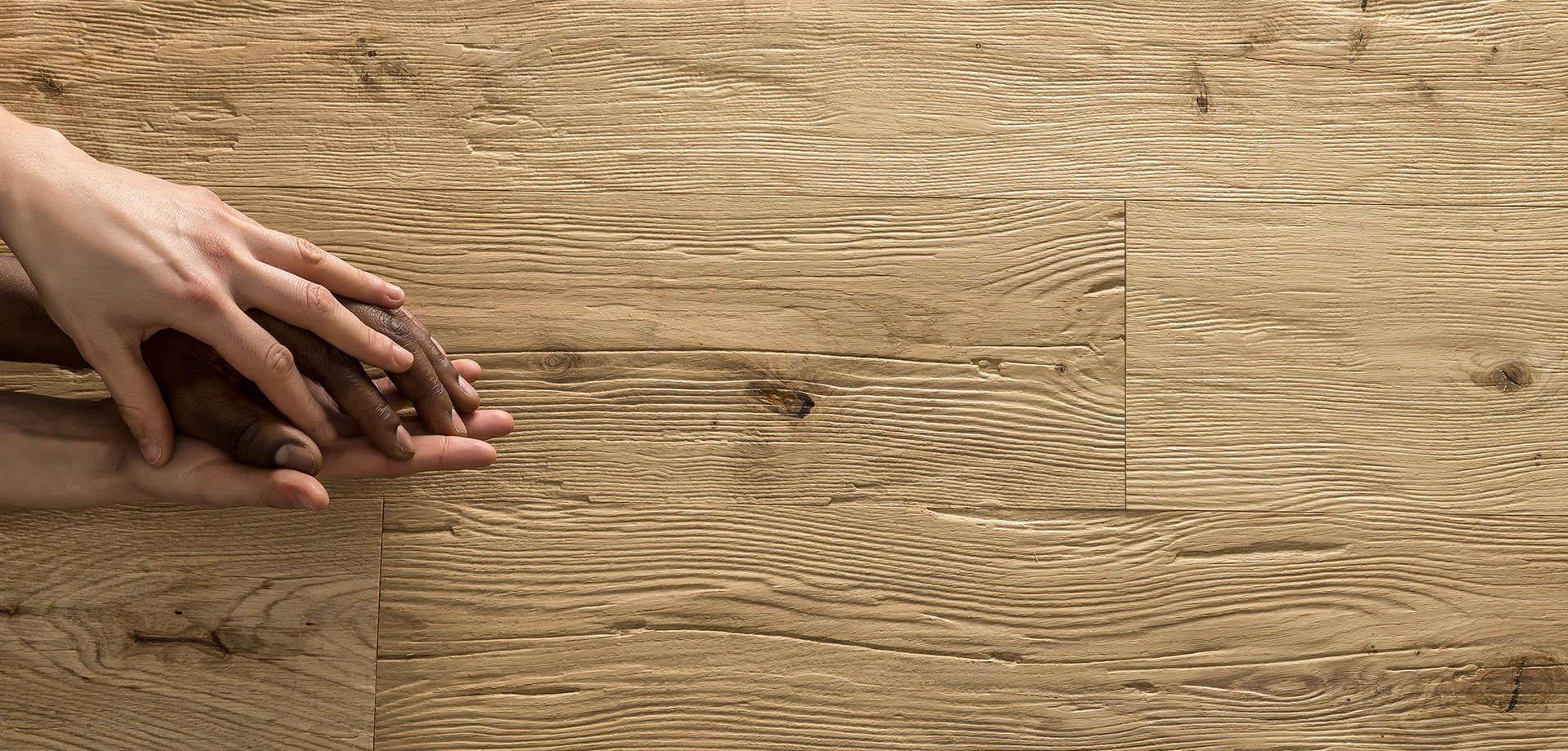 Pavimenti in parquet laminati e pvc alfa group perugia - Pavimenti legno ikea ...